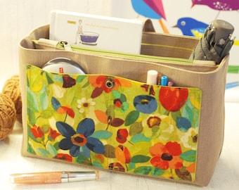 Love Singapore Trapezoid Travel Storage Pouch Clutch Bag Organizer