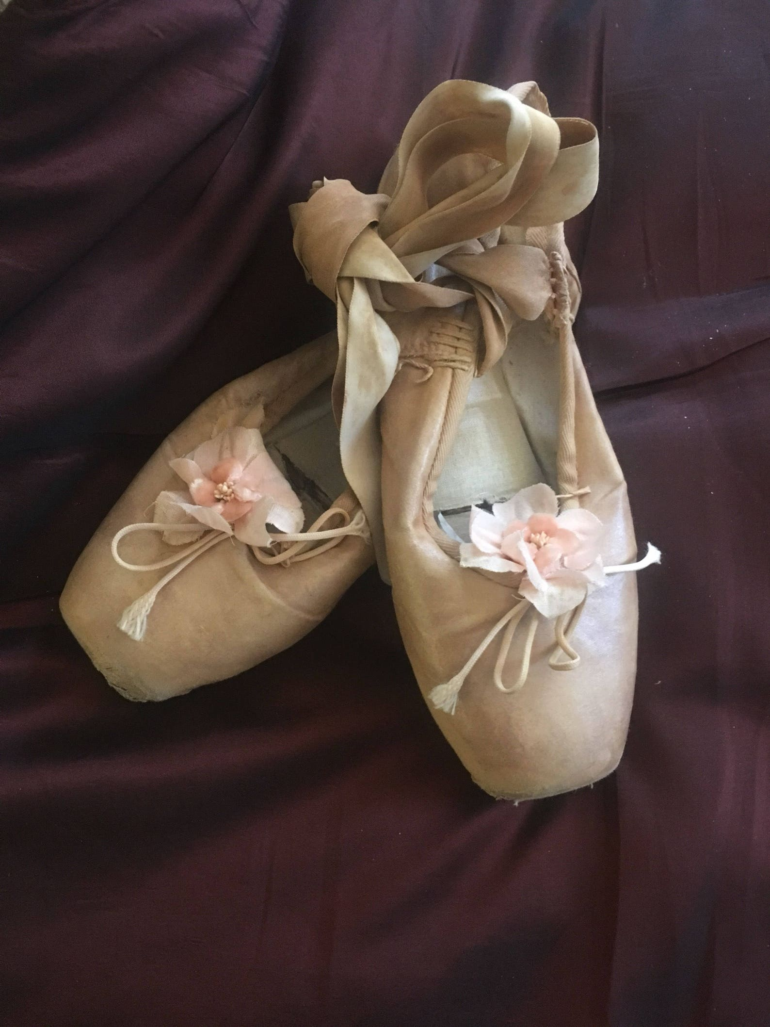 ballet shoes from france, england decorated with old french -corsage- flowers, around size 5 white sold