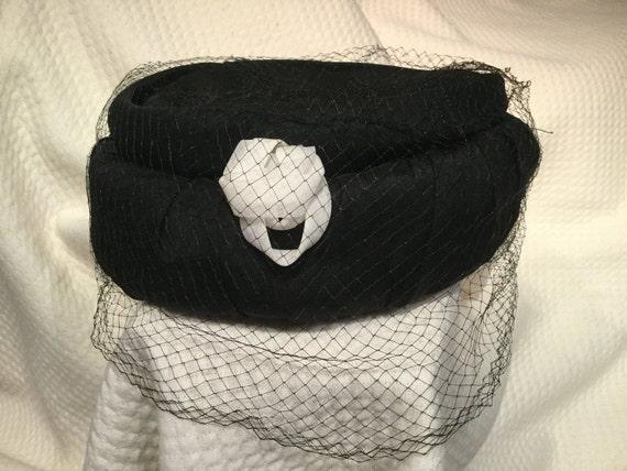 Vintage Pillbox Hat, Black hat, black pillbox hat,