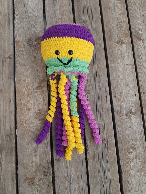 Crochet Jellyfish - 14 Free Crochet Patterns ⋆ DIY Crafts | 760x570