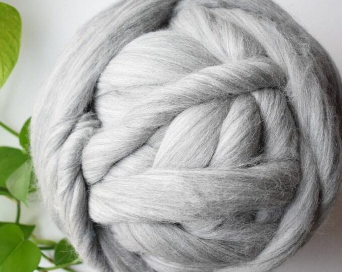 natural gray wool roving