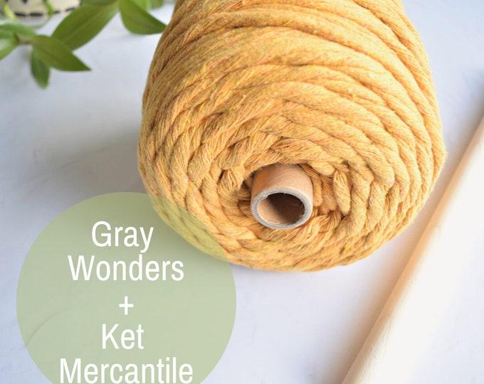 Gray Wonders wall hanging kit