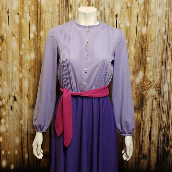 Vintage, 70's, color-block purple swing dress, Med