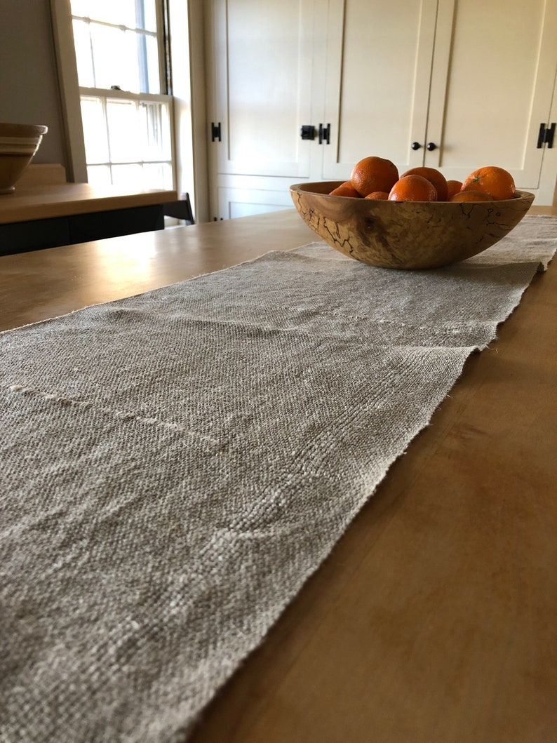 Superbe Handwoven Hemp Table Runner