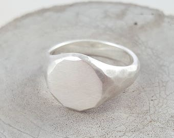 Hammered Silver Signet Ring handmade in Hove for both men & women - original signet ring - silver signet ring - mens rings - pinky ring