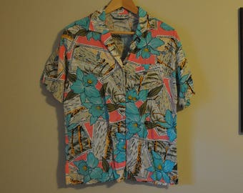 Vintage DVF Diane Von Furstenberg Blouse Top Shirt Small Button Up Tropical Beach Vacation Small Medium