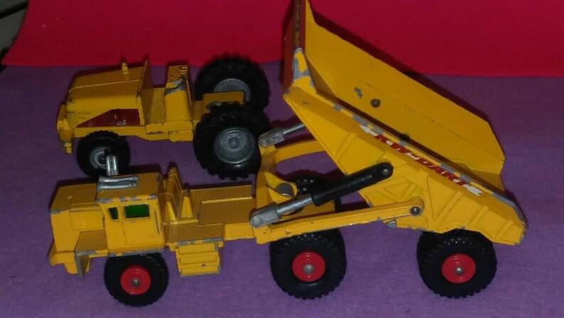 Kingsize No 7. 2 Dump Truck and No