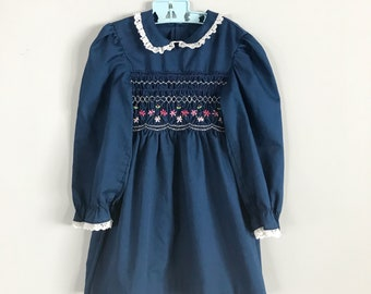 CLEARANCE! Sweet Vintage Navy Blue Handsmocked Longsleeve Dress with Hand Smocked Detail Lace Peter Pan Collar Size 6x - OSVKC0341