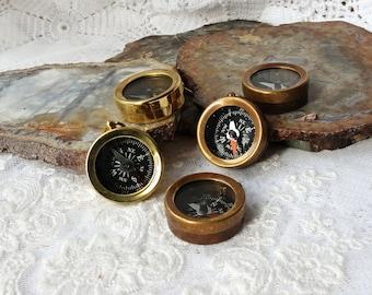 Decorative Collectibles Bright Antique Brass Vintage Nautical Handmade Pocket Push Button Compass Gift Marine Jade White