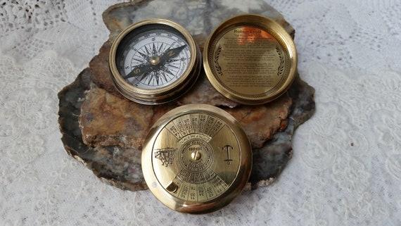 ANTIQUE  ROBERT FROST BRASS COMPASS 100 YEAR CALENDAR COMPASS W// LEATHER BOX 25