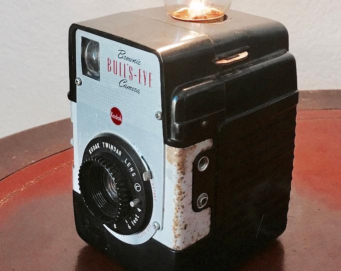 Lamp. Lightning . Bulls eye camera accent light. Perfct Gift for photographers