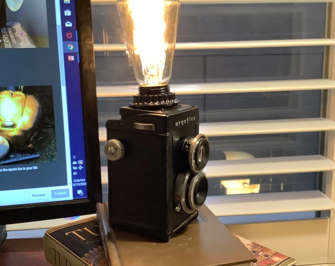 Lamp. Vintage twin lens camera circa 1950s. Very cool desk lamp, great gift for that person in your life who has everything.
