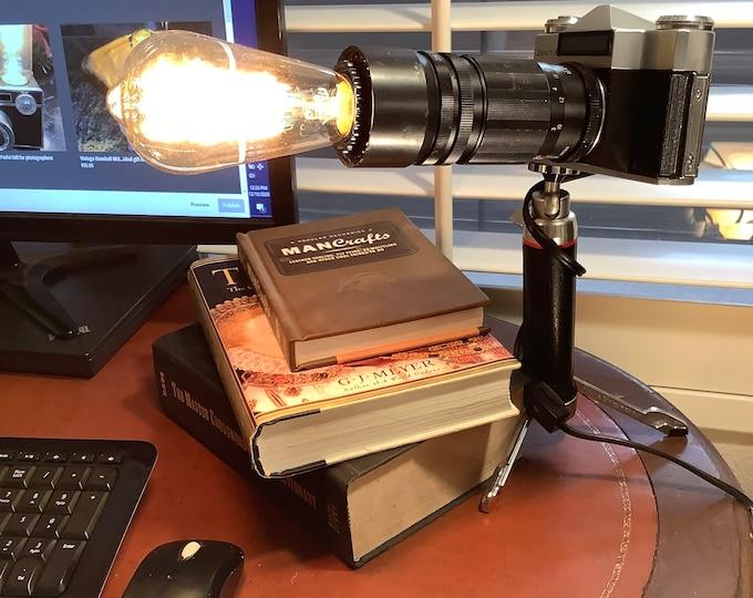 Argus classic camera . Accent lamp