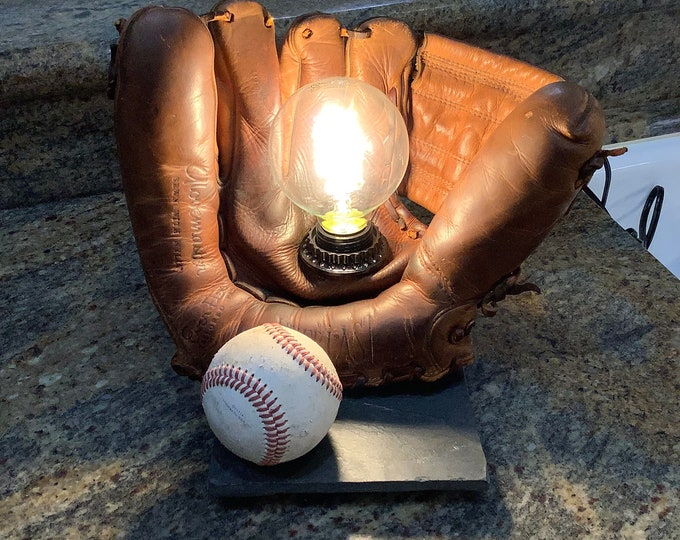 Vintage Baseball Mitt...ideal gift for the sports fan in your life
