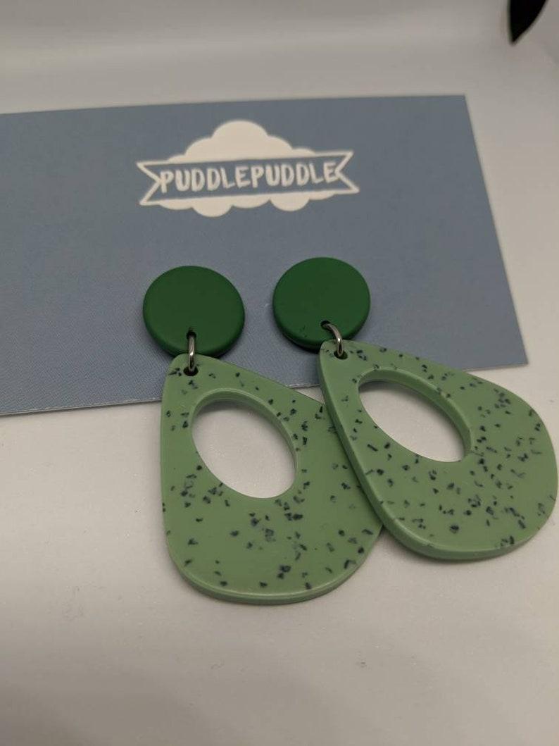 Green fleck tear-drop acrylic dangle earrings image 0