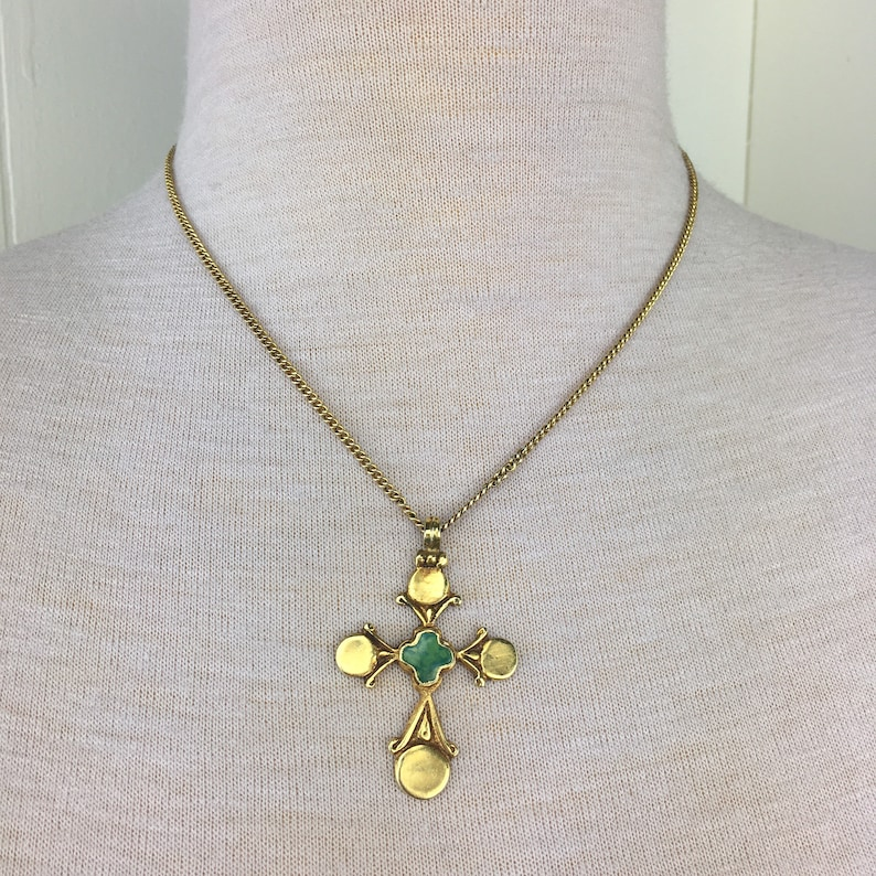 Vintage Gold Tone /& Green Celtic Cross Necklace Free Shipping