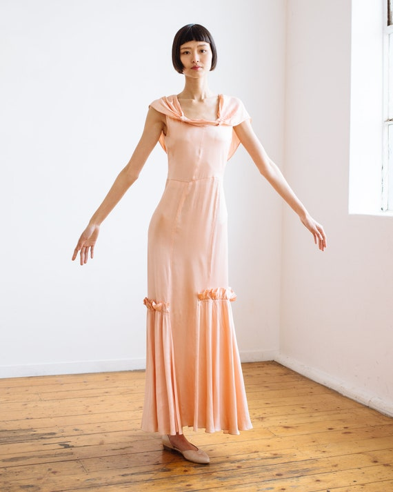 RARE 1930s bias cut baby pink silk ruffled gown O… - image 5