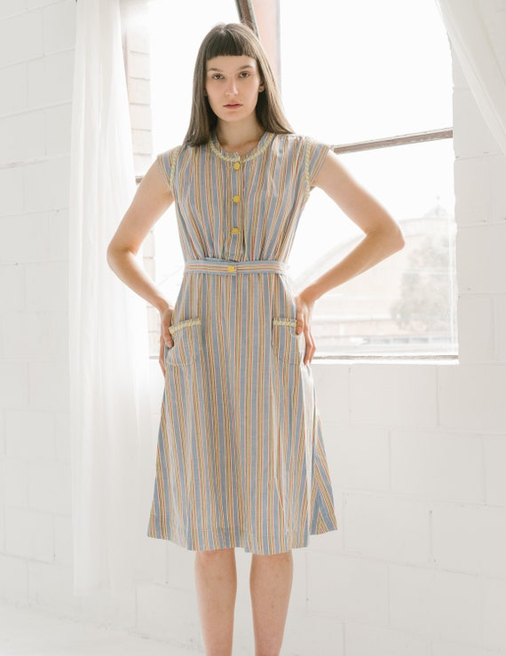 1930s printed cotton candy striped dress with bake