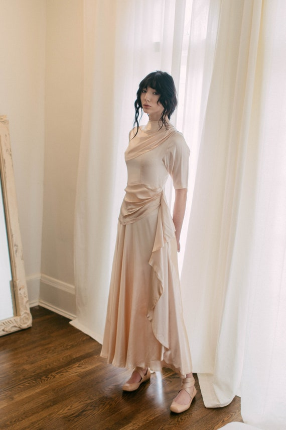 Rare 1930s old Hollywood liquid silk satin gown OO