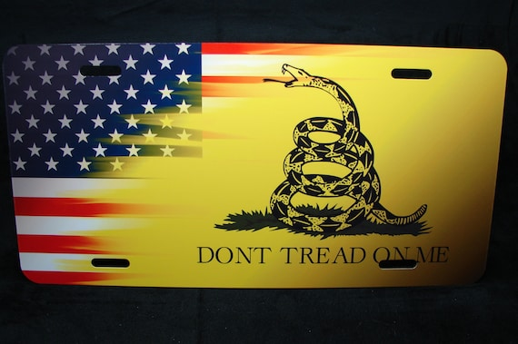 DONT TREAD ON ME METAL CAR LICENSE PLATE The Gadsden Flag  CARBONFIBER LOOK