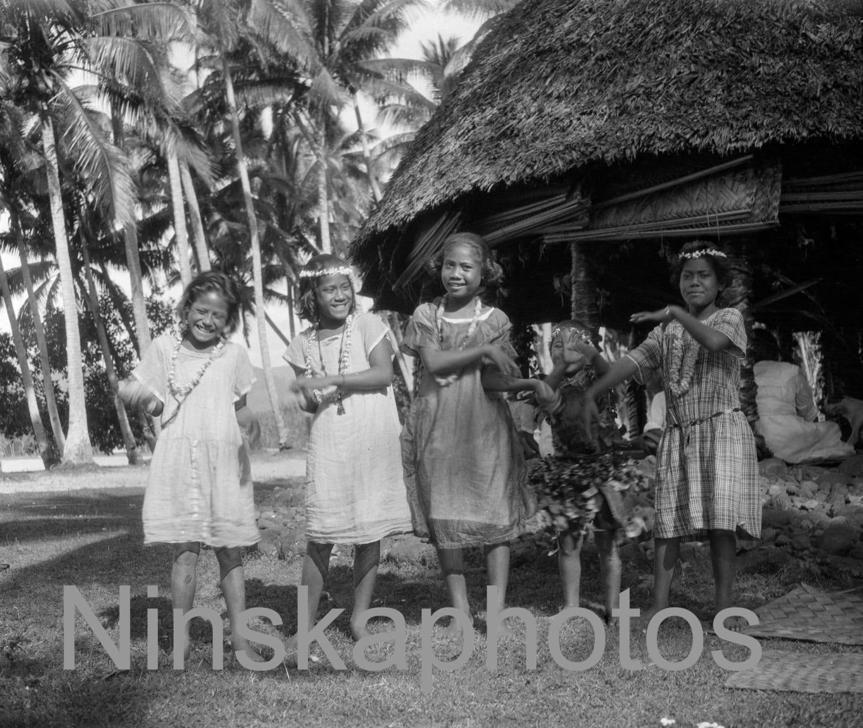 Dancing Girls In Apia Samoa 1920s Antique Photo Reprint Wall Decor