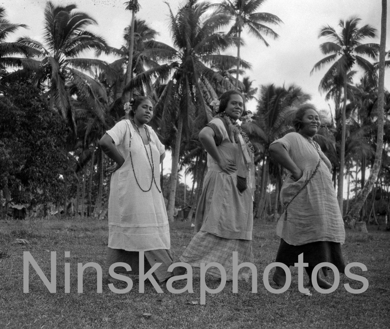 Dancing Women In Apia Samoa 1920s Antique Photo Reprint Wall