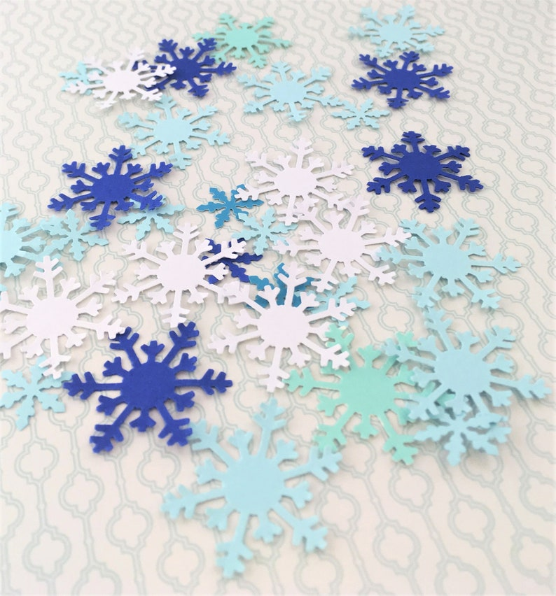 die cuts 100 piece Cardstock Paper Snowflake Cut Out paper cutouts