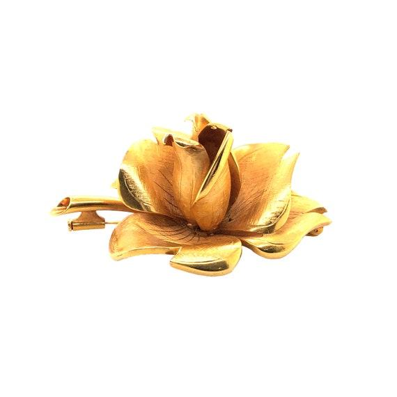 18k Yellow Gold Rose Brooch - image 4