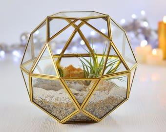 Gold terrarium Geometric planter Succulent terrarium Centerpiece Glass terrarium container Succulent planter Air plant holder Xmas terrarium