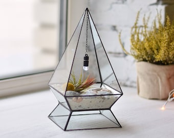 Geometric terrarium Air plant holder Stained glass terrarium Geometric planter Air plant terrarium Glass vase terrarium Pyramid terrarium