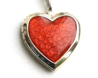 Crimson locket, photo locket, picture medallion, picture locket, red medallion, locket red heart, medallion heart, red locket