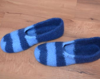 Gr. 39/40 (length 25 cm): Felt house shoes with latex sole felted slippers with latex sole