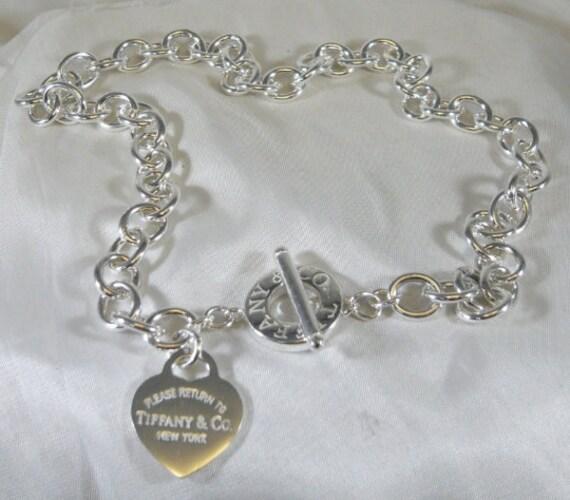 disponibilità nel Regno Unito a079e bcf7d Tiffany & Co. Please Return To Tiffany sterling silver heart toggle  necklace collana in argento cuore