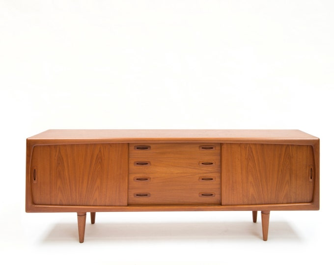 Danish Mid-Century Modern, Danish Modern Sideboard designed by master cabinetmaker HP Hansen