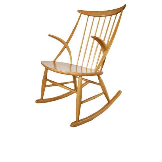 Peachy Danish Mid Century Modern Gyngestol Chair By Illum Wikkelso Unemploymentrelief Wooden Chair Designs For Living Room Unemploymentrelieforg