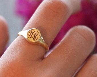 Signet Ring-Personalized Ring-Monogram Ring-Gold Ring-Personalized Jewelry-Engraved Ring-Womens Initial Ring-JX06