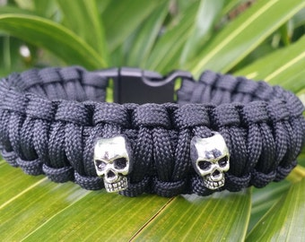 Skull Charm Paracord Bracelet, Mens Skull Paracord Bracelet, Skull Paracord Bracelets for Women, Paracord Bracelets, Paracord Charm Bracelet
