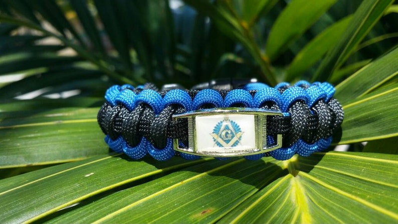 Paracord Survival Bracelet Black With Skull Charm Men Women Hand Made USA 8 Inch