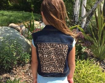 Girls' Leopard Denim Vest (9/10) | custom denim | leopard print | girls denim vest | jean vest