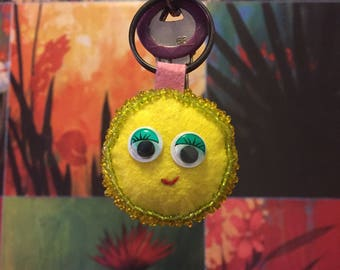 Cassy - Handmade Smiley Key-chain Stitched in Felt
