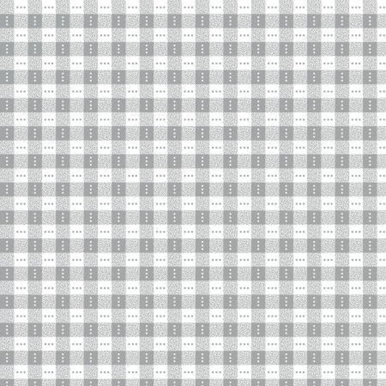 100/% Cotton quilting craft Fabric Blue White Diamond Square Check Benartex