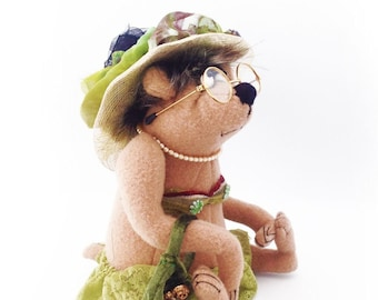 """Alisa Brown,  A 9"""" Tall (while sitting) Cloth Doll Bear by Jill Maas of Slightly Weathered Ladies - PDF Download Cloth Doll Making Pattern"""