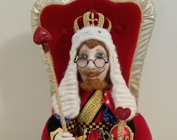 SR843E - The King of Hearts and Throne -  Storybook Cloth Doll Making Sewing Pattern by Suzette Rugolo, PDF Download