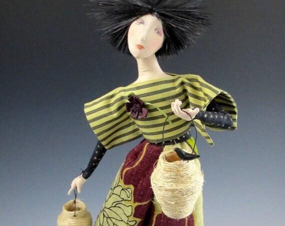 CR955E - A Tisket, A Tasket, Cloth Art Doll Sewing Pattern/E-class (PDF Download)