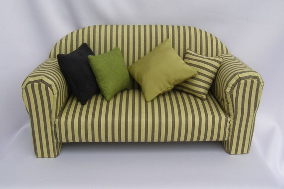 JM939E - Classic Couch by Liz Fisher, Sewing Pattern - PDF Instant Download