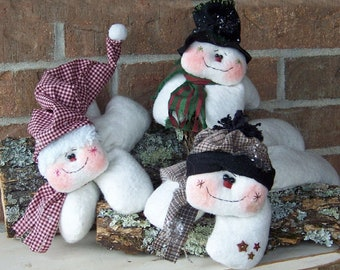 RP214E - Hanging Around Winter Flakes, Snowman PDF Download Cloth Doll Pattern by Michelle Allen of Raggedy Pants Designs