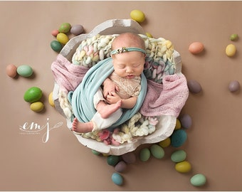 RAZ Chocolate-colored Easter Egg Shells Set of 2... Cracked Easter Eggshells
