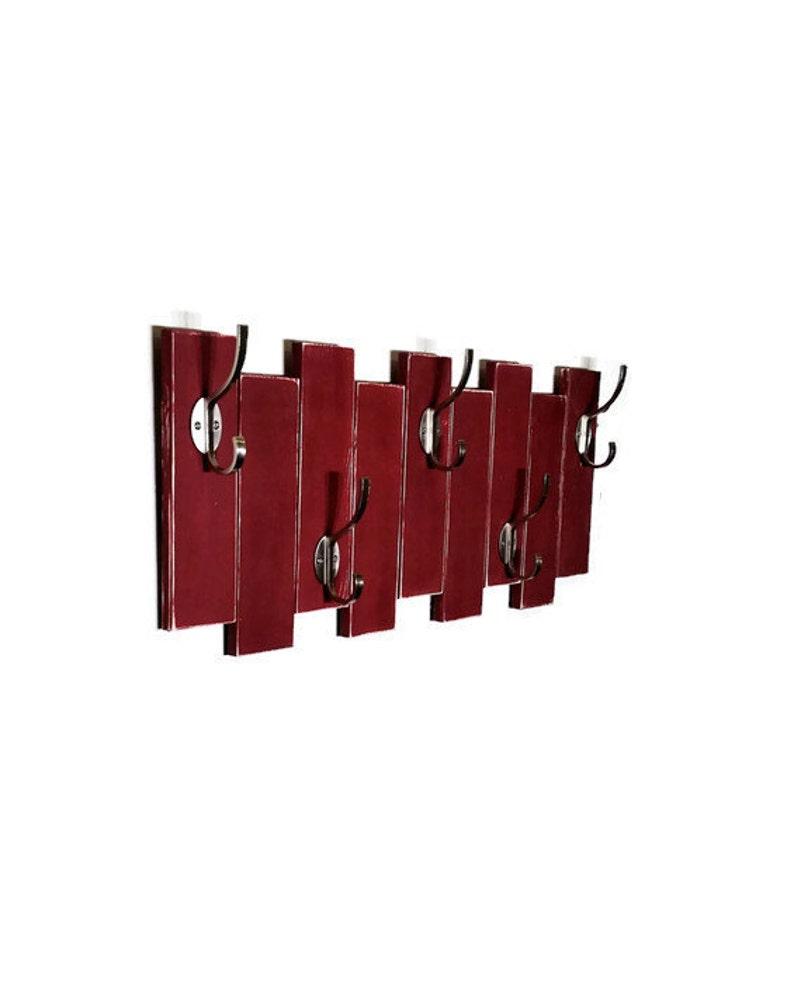 Appendiabiti Verticale.Sydney Verticale Planked Parete Appendiabiti A Vestiti O Asciugamani 5 Heavy Duty Ganci Doppio Disponibili 20 Colori Mostrato Sundried Tomato Red