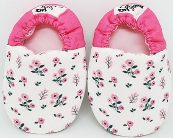 b32d52d386376 Berry Blooms Moccs, Crib baby shoes, Walker Baby Shoes, Boys Shoes, Girls  Shoes, Kids Shoes, Moccs, soft soled Shoes, moccasins