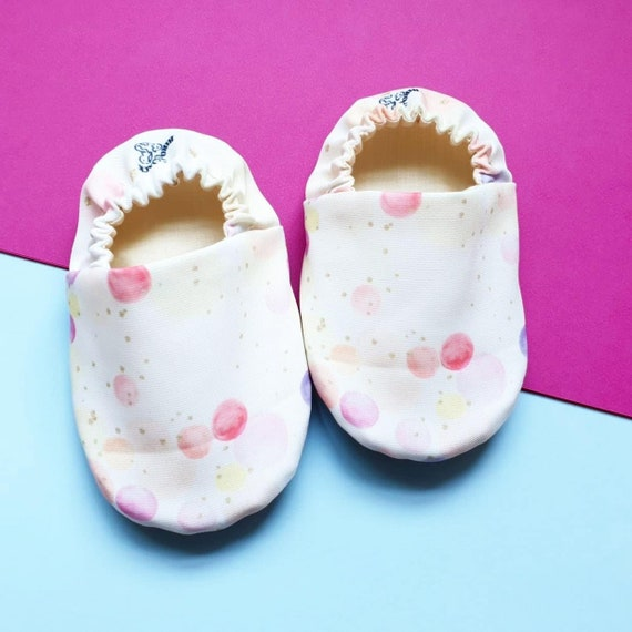Baby Shoes Little bubbles Crib baby